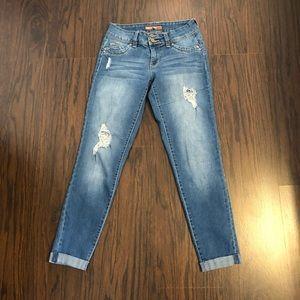 YMI Jeans WannaBettaButt Cuffed cropped skinny leg